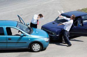 کاهش تصادفات به کمک ردیاب خودرو